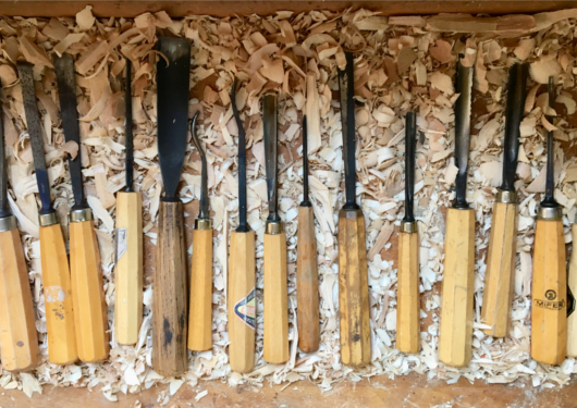 woodcarving knifes and equipment